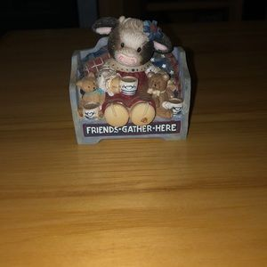 "mary moo moos Accents - Mary Moo Moos ""Friends gather here"" cow"